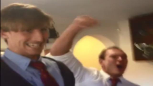 VIDEO. Une amende de 1900 € pour un club anglais...qui a arraché les slips du trio arbitral