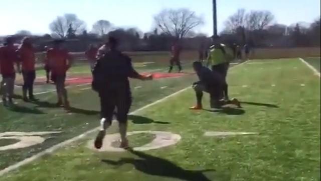 VIDEO. INSOLITE. Un rugbyman feint la blessure pour faire sa demande