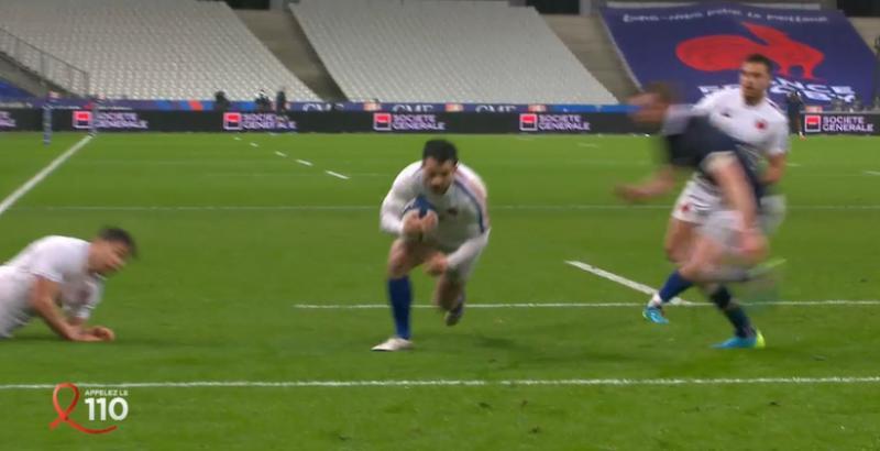 VIDEO. Brice Dulin frappe et le XV de France prend la tête juste avant la mi-temps !