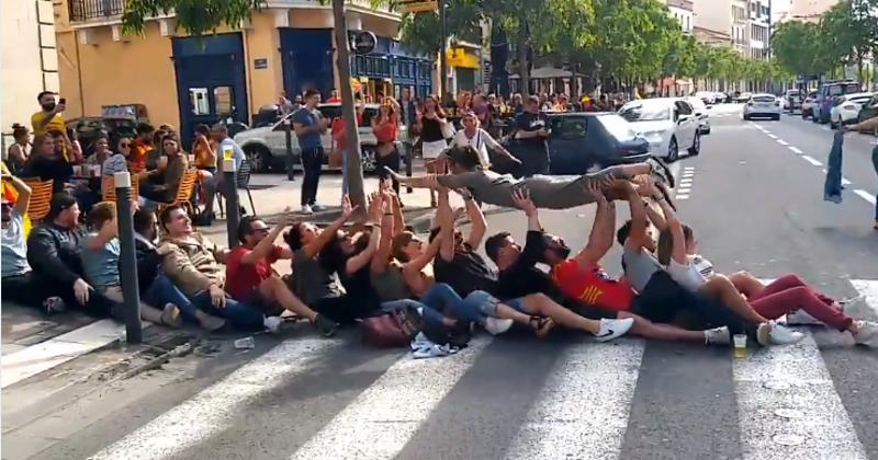 VIDÉO. Insolite : la Catalogne en folie, les meilleurs moments du titre de champion de l'USAP