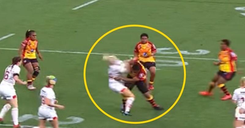 VIDÉO : l'énorme arrêt-buffet d'une joueuse de la Papouasie Nouvelle-Guinée face à l'Angleterre !