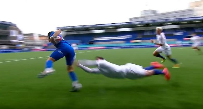 VIDEO. 6 Nations U20. Mystifiés par Simone Gesi, les Bleuets s'en sortent grâce à leur pépite Nelson Epée