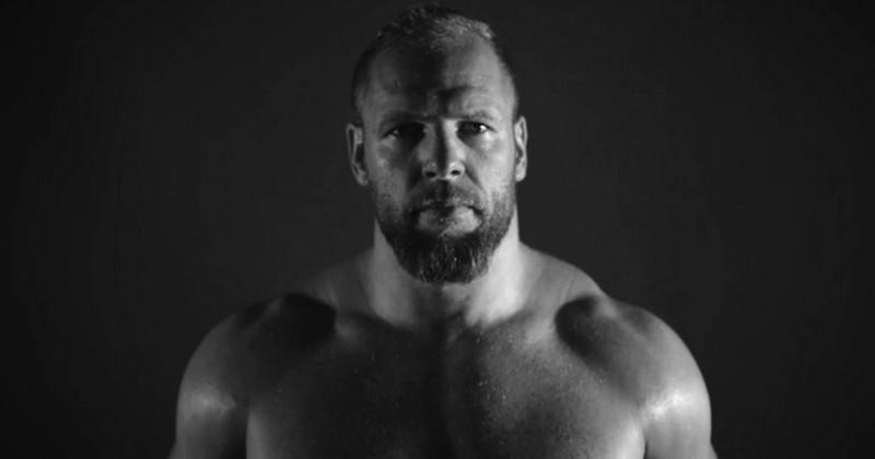 WTF - James Haskell va troquer les crampons pour les gants de MMA