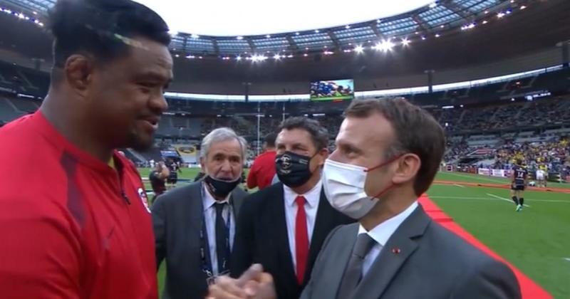 WTF - Joe Tekori interpelle le président Macron pour lui demander le passeport français