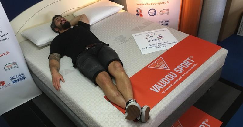 Conseils de récup : Yann David teste les matelas pour sportifs Vaudou Sport