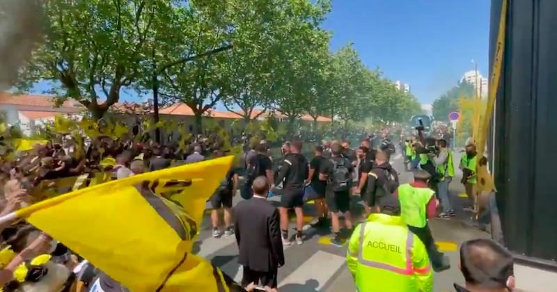 VIDEO. Vibrez avec cet accueil frissonnant des supporters rochelais avant la demie européenne