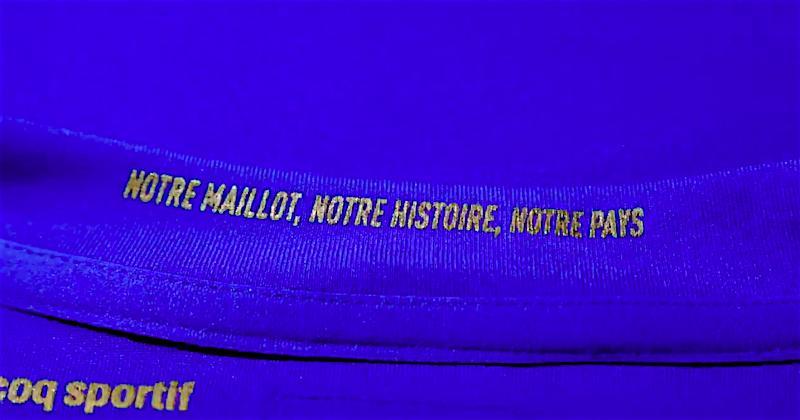 IMAGES. XV de France. Le nouveau maillot des Bleus est sorti !