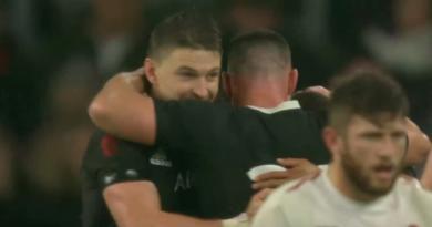 Coupe du monde - Eddie Jones fait monter la pression avant le choc face aux All Blacks