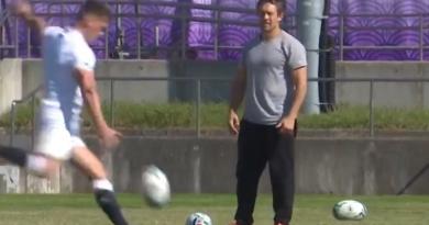 ANGLETERRE : avant la finale, Jonny Wilkinson entraîne Owen Farrell... au drop ! [VIDÉO]
