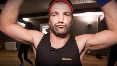VIDEO. INSOLITE : Arnaud Méla et Arnaud Mignardi se lancent dans la Zumba après un pari perdu