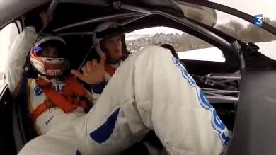 VIDEO. Aurélien Rougerie joue les pilotes de course sur glace au Trophée Andros