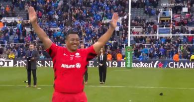 Champions Cup : quand les Saracens laissent Mako Vunipola aller chercher sa médaille... seul ! [VIDEO]