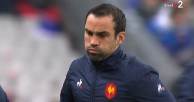 Coupe du monde - XV de France. Pourquoi Maxime Machenaud et pas Morgan Parra ?