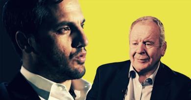 Bill Beaumont réélu président de World Rugby, Bernard Laporte vice-président