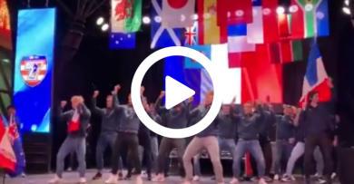 WTF - France 7 enflamme la scène de Las Vegas ! [VIDÉO]