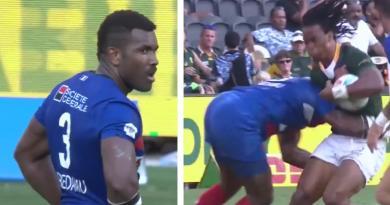 France 7 : Tavite Veredamu désintègre son adversaire avec un plaquage parfait [VIDÉO]