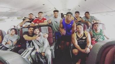 Super Rugby : cinq joueurs des Hurricanes écartés pour... 18 minutes de retard