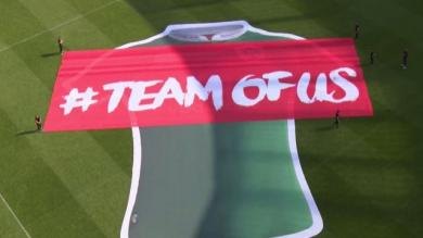 PHOTOS. L'Irlande dévoile son nouveau maillot avec un sponsor polémique
