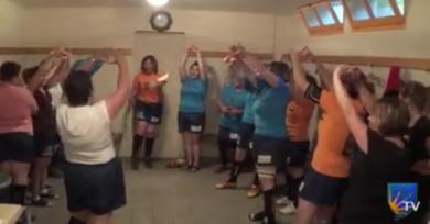 VIDÉO. AMATEUR. De la remise des maillots au chant de la victoire, les supportrices de Saint Léger des Vignes parodient le rugby