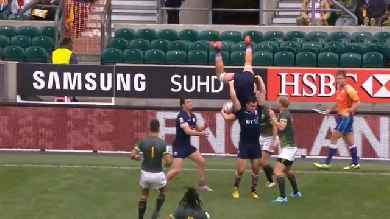 VIDEO. London 7s. La prise de balle spectaculaire de Hugh Blake en finale face à l'Afrique du Sud