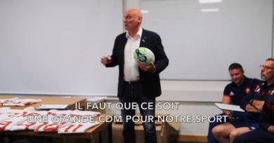 VIDEO. Coupe du monde - Le discours de motivation de Bernard Laporte aux joueuses de l'équipe de France