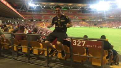 TOP 14 : un supporter du Stade Rochelais rentre d'Australie pour assister à la demi-finale de son club