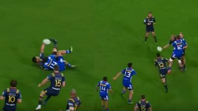 VIDEO. Super Rugby - Rob Thompson et Patrick Osborne réalisent deux offloads impossibles
