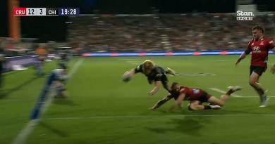 VIDEO. Super Rugby Aotearoa. McKenzie s'envole mais les Crusaders s'offrent un 5e titre de rang !