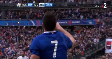 XV de France - Et de deux ! Charles Ollivon plonge en Terre promise ! [VIDÉO]