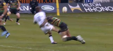 VIDEO. Le plaquage désintégrant de Courtney Lawes sur Phil Godman