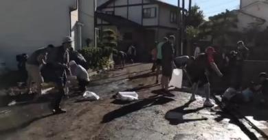Privés de match, les Canadiens aident les sinistrés de Kamaishi après le typhon Hagibis [VIDÉO]