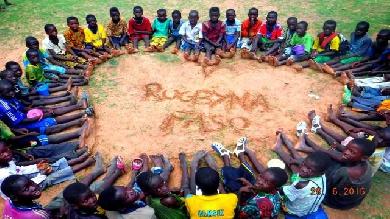 Rugbyna Faso : le superbe projet d'Adrien et Kevin, entre ballon ovale et échange interculturel