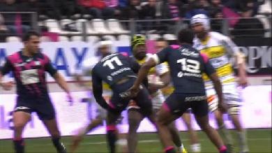 VIDEO. Stade Français - La Rochelle : Djibril Camara éteint par la charge phénoménale de Levani Botia