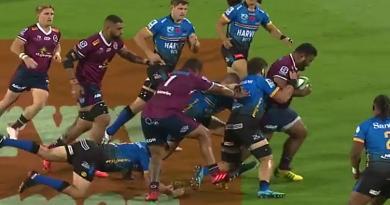 VIDEO. Super Rugby. Surpuissant Taniela Tupou qui casse 5 plaquages et bat 7 défenseurs pour l'essai