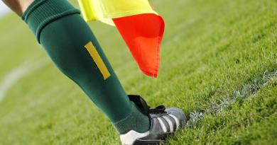 Fédérale 1 - Tarbes/Lannemezan : 2 minutes de jeu, bagarre générale, 5 cartons rouges