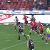 VIDEO. Super Rugby. Le talonneur des Lions Armand Van Der Merwe d�pose la d�fense des Crusaders sur 40m
