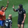VIDEO. Sevens : Gillies Kaka tente un High-Five avec l'arbitre et prend un vent monumental