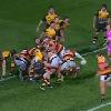 VIDEO. ITM Cup. La sublime passe dans le dos de Tawera Kerr-Barlow pour l'essai de Joe Webber