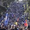 VIDEO. 3000 personnes accueillent Jerry Collins sur sa terre natale pour un dernier hommage