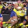 VIDEO. ASM - Castres : Julien Bardy envoie un coup de boule � Yannick Caballero et prend un carton rouge