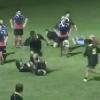 VIDEO. Rugby Amateur #56. Un joueur saute � pieds joints sur la t�te d'un adversaire au sol