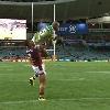 NRL : Lote Tuqiri s'envole dans les airs pour marquer un superbe essai