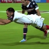 VIDEO. Philip Mack drible la d�fense des USA avant de se prendre pour Superman dans l'en-but