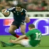 VID�O. France - Irlande : Yoann Huget laisse Brian O'Driscoll pour mort sur un superbe tchik tchak