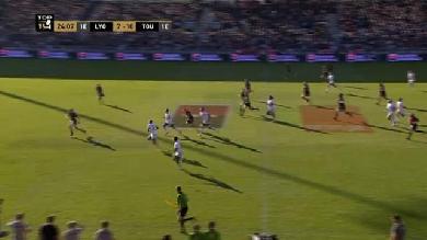 VIDEO. Top 14 - Les courses tranchantes du Stade Toulousain font exploser l'invincibilité du LOU