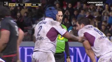 VIDEO. TOP 14. Toulouse - UBB : Sanctionné par l'arbitre, Ole Avei va lui-même avouer sa faute