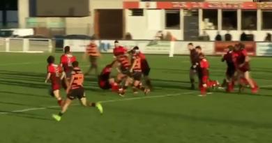 VIDÉO. Rugby Amateur : lancé dans la défense, il fait exploser son vis-à-vis comme du pop-corn