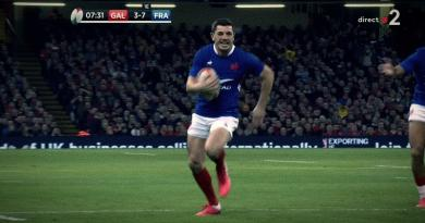 [VIDÉO] Anthony Bouthier lance le XV de France avec un premier essai face aux Gallois !