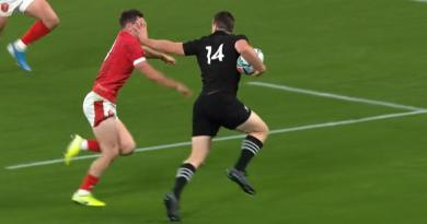 VIDÉO : L'énoooooorme raffut de Ben Smith sur Tomos Williams pour l'essai des All Blacks !