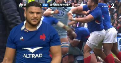 VIDEO - Mohamed Haouas expulsé pour un coup de poing au visage de Jamie Ritchie !